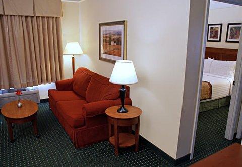фото TownePlace Suites Fredericksburg 488457681