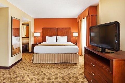 фото Holiday Inn Express & Suites Huntersville Birkdale 488457711