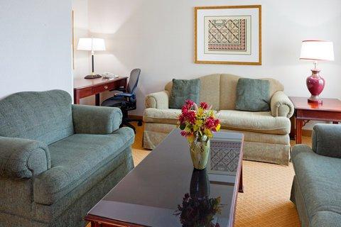 фото Holiday Inn Budd Lake - Rockaway Area 488458479