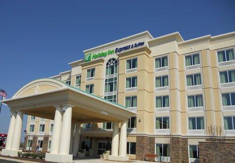 фото Holiday Inn Express Hotel & Suites Jackson Northeast 488460355
