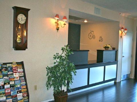 фото La Quinta Inn & Suites Davis 488462793