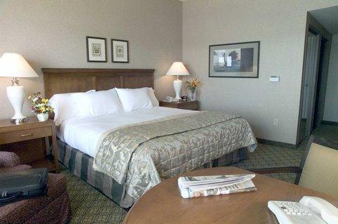 фото Doubletree Hotel Bay City - Riverfront 488466069