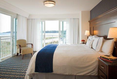 фото Newport Beach Hotel & Suites 488467118