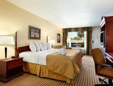 фото Howard Johnson Plaza Altamonte Springs - Orlando North 488469686