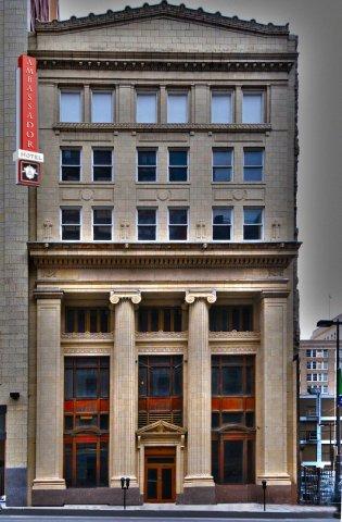 фото Ambassador Hotel Kansas City 488473196