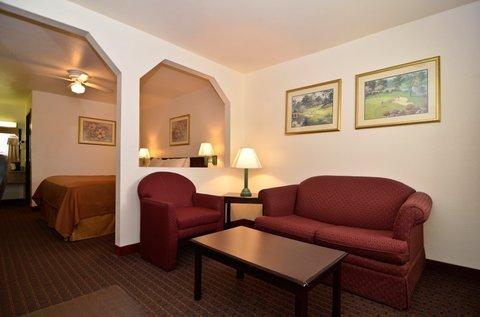 фото Best Western Regency Inn & Suites 488473770