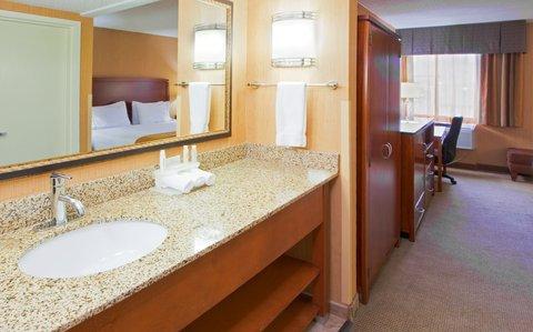фото Holiday Inn Express Fairfax-Arlington Boulevard 488479153