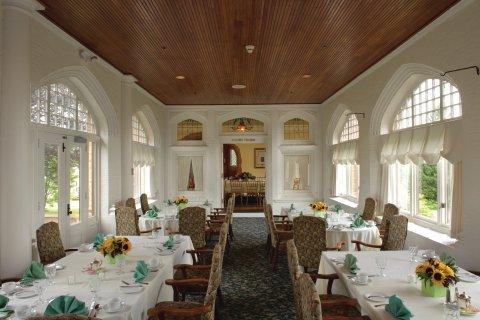 фото Cranwell Resort, Spa and Golf Club 488482776