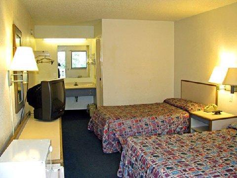 фото Motel 6 Cincinnati Central- Norwood 488507849