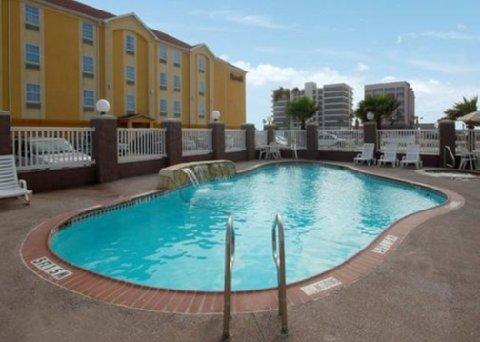 фото Comfort Suites North Padre Island 488508012