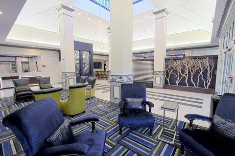 фото Hilton Garden Inn Westbury 488509885