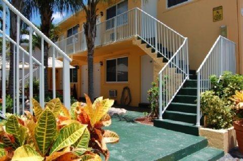 фото The Waves Apartments & Resort 488512877