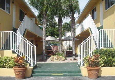 фото The Waves Apartments & Resort 488512882