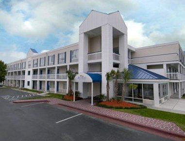 фото Baymont Inn & Suites Wilmington 488521021