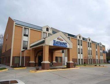 фото Baymont Inn & Suites Lawrence 488521365