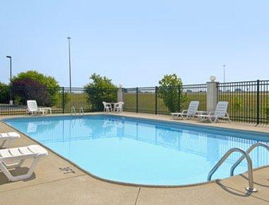 фото Baymont Inn and Suites Evansville 488521438