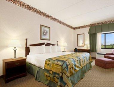 фото Baymont Inn and Suites Corbin 488521544