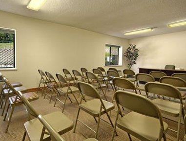 фото Baymont Inn & Suites Kansas City 488521694