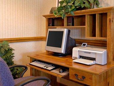 фото Baymont Inn and Suites Detroit/Roseville 488521998