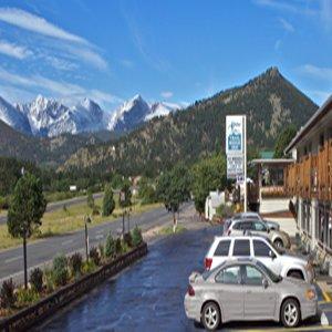 фото Alpine Trail Ridge Inn 488522264