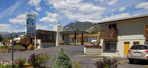 фото Alpine Trail Ridge Inn 488522269