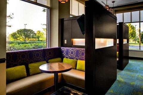 фото Hilton Garden Inn Raleigh-Durham Airport 488522654