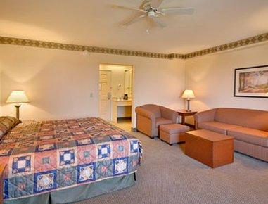 фото Baymont Inn & Suites Grand Rapids Sw/Byron Center Hotel 488522737
