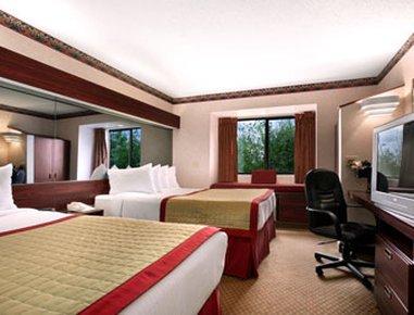 фото Baymont Inn & Suites Gaylord 488523158