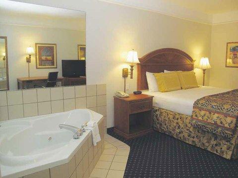 фото La Quinta Inn & Suites Oklahoma City - Moore 488523636