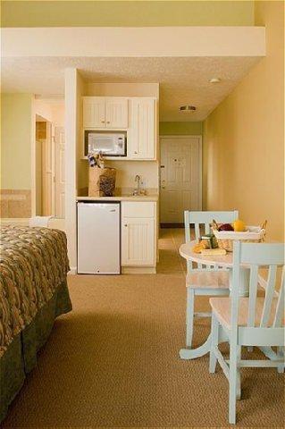 фото POINTES NORTH BEACHFRONT HOTEL 488523666