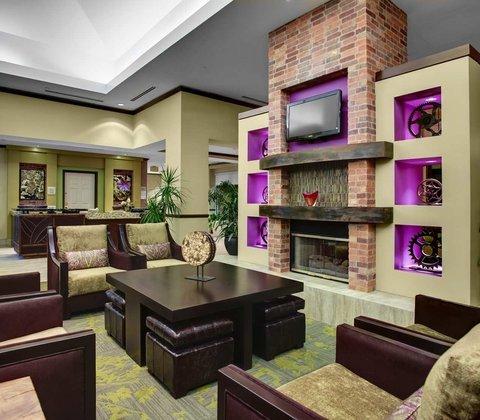 фото Hilton Garden Inn Hartford North-Bradley International Airport 488524376