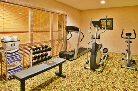 фото Best Western Lake County Inn & Suites 488525870