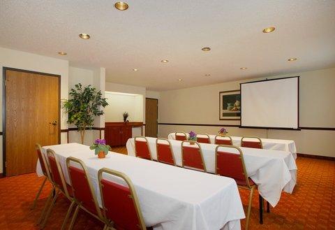 фото Best Western Plus Lakewood Inn 488527622