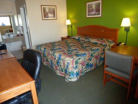фото America Best Value Inn Wharton 488530580