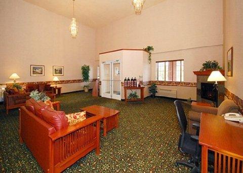 фото Comfort Inn & Suites Tualatin 488534059