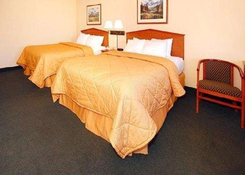 фото Comfort Inn & Suites Tualatin 488534060