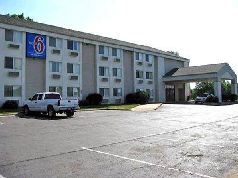 фото Motel 6 Lawrence KS 488534344