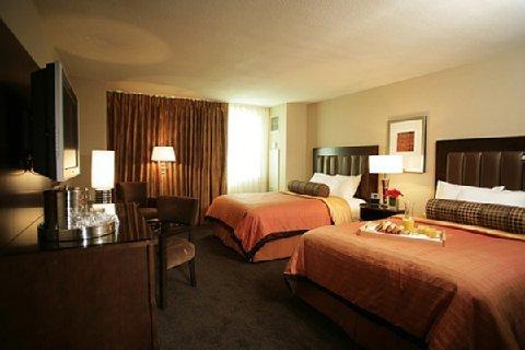 фото Gold Strike Casino Resort 488535093