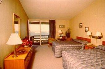 фото Bradford Inn and Suites 488535225