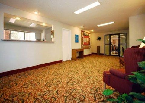 фото Magnuson Hotel Waco 488535441