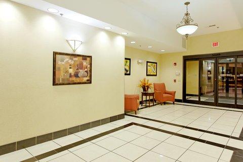 фото Holiday Inn Express Sylacauga Hotel 488536077
