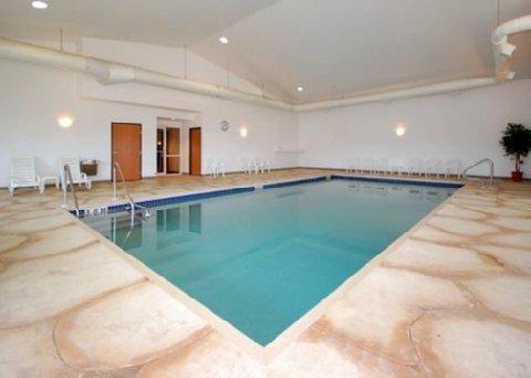 фото Comfort Inn & Suites 488538161