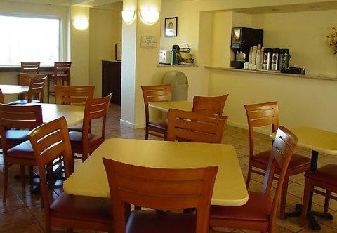 фото Fairfield Inn & Suites by Marriott San Francisco San Carlos 488540307