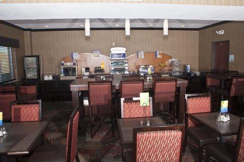 фото Holiday Inn Express Casper-Interstate 25 488540358