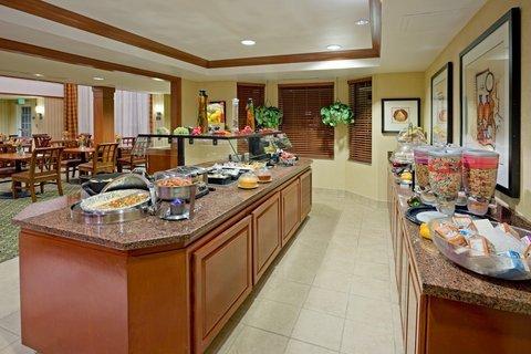 фото Staybridge Suites-Philadelphia/Mount Laurel 488542560