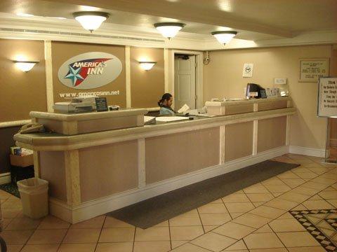 фото America `S Inn Gessner 488545624