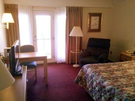 фото Alpine Lodge & Suites 488545860