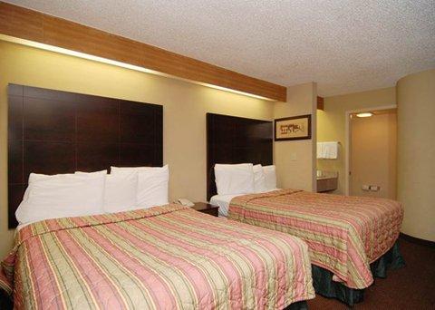 фото Econo Lodge Inn And Suites 488548676