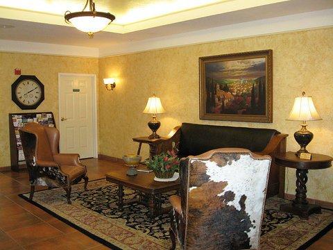 фото La Quinta Inn & Suites Fredericksburg 488552057