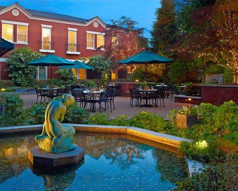 фото Portland Harbor Hotel 488554852